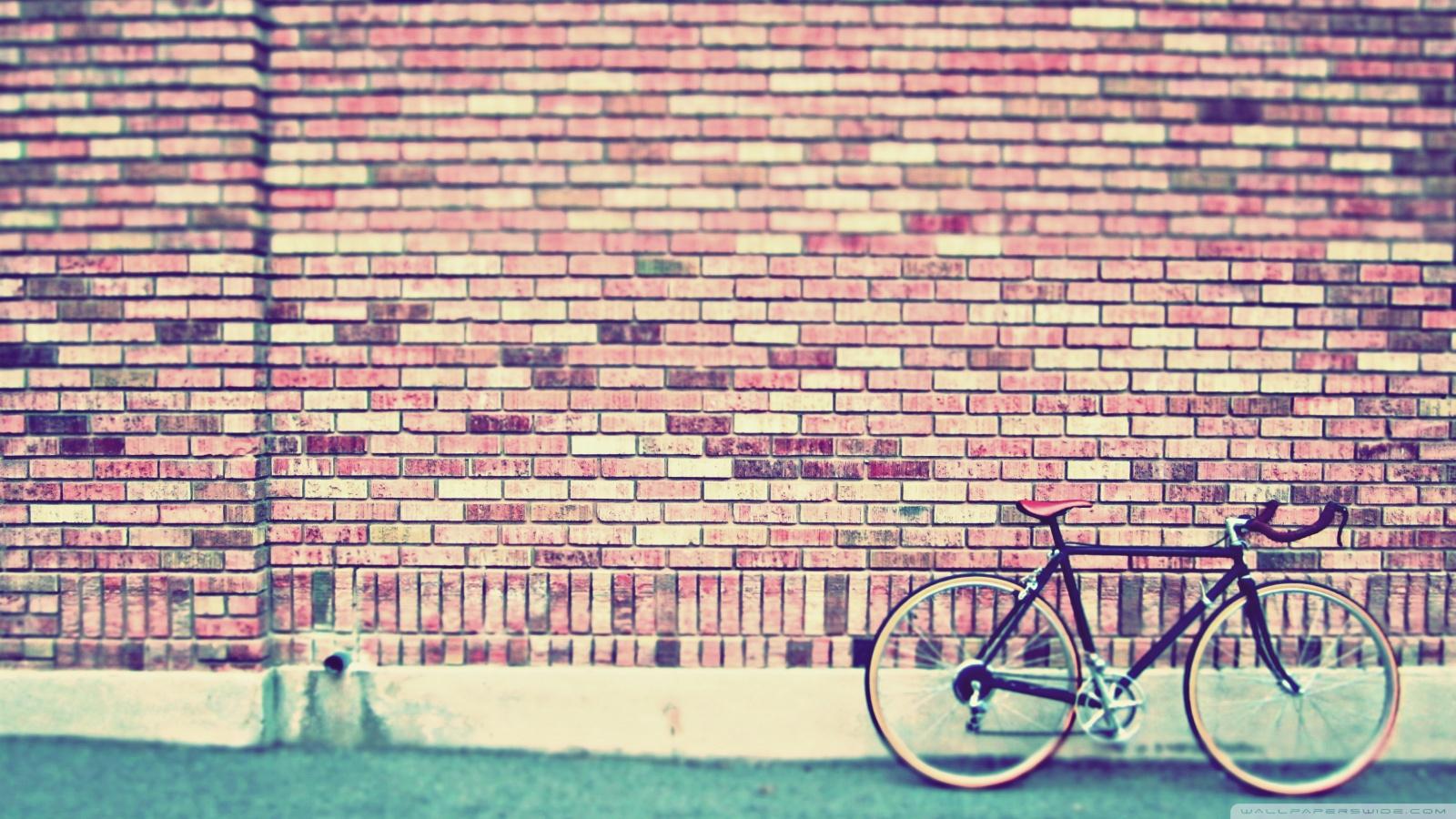 vintage_bike-wallpaper-1600x900