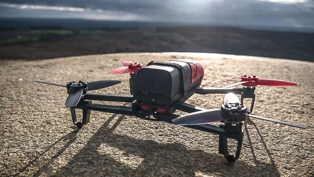 Seguros-drones_EDIIMA20150505_0102_17
